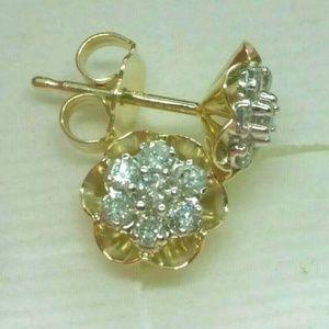 14kt .30 CT Natural Diamond Cluster Stud Earrings